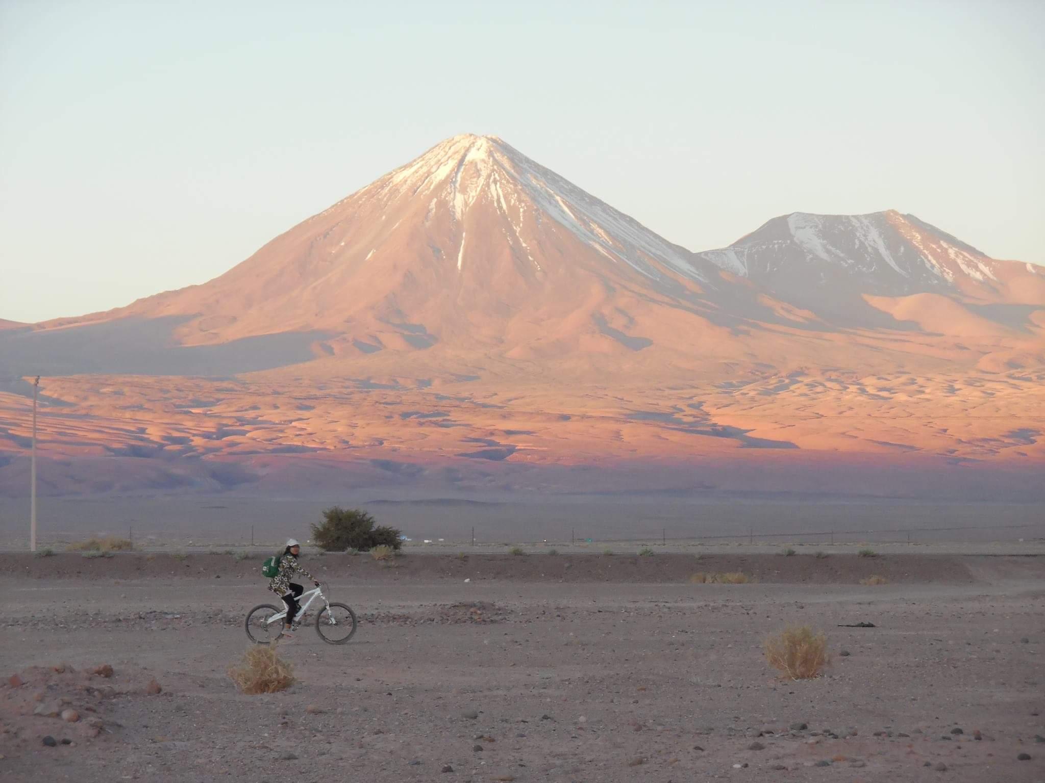 voyager seule désert de atacama chili